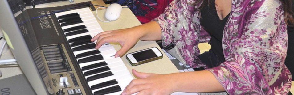 MAIN-Composition-de-musique-Electronique