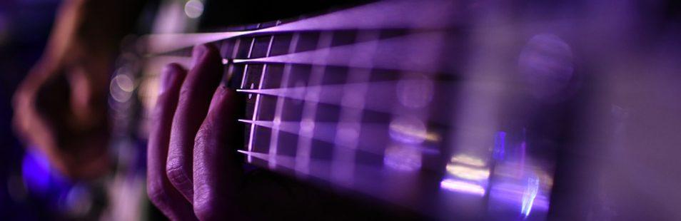 MAIN-Improvisation-selon-linstrument-compositeur-en-herbe